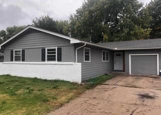 Foreclosed Home in Wichita 67212 N BROWNTHRUSH LN - Property ID: 4441303507