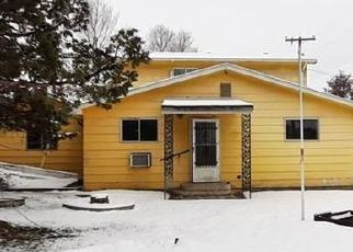 Foreclosed Home in Huntington 97907 2ND ST W - Property ID: 4441379714