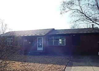 Foreclosed Home in Stroud 74079 W 8TH ST - Property ID: 4441389344