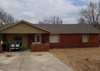 Foreclosed Home in Spencer 73084 FOX AVE - Property ID: 4441392411