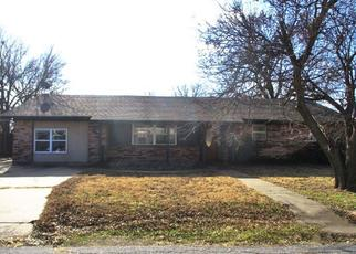 Foreclosed Home in Walters 73572 W OHIO ST - Property ID: 4441394151