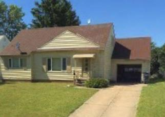 Foreclosed Home in Solon 44139 BALDWIN RD - Property ID: 4441421310