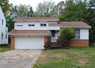Foreclosed Home in Euclid 44117 GREENWOOD RD - Property ID: 4441438397