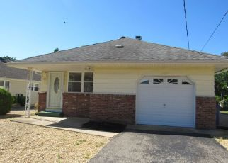 Foreclosed Home in Toms River 08753 MOUNT FAIRWEATHER LN - Property ID: 4441447596