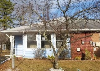Foreclosed Home in Toms River 08753 MOUNT JULIANO LN - Property ID: 4441452407
