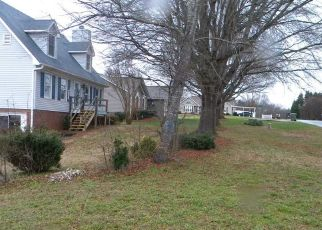 Foreclosed Home in Winston Salem 27127 WACHOVIA CT - Property ID: 4441463363