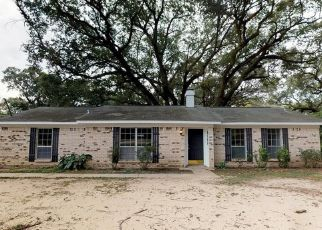Foreclosed Home in Mobile 36619 FAIRLAND DR - Property ID: 4441550519