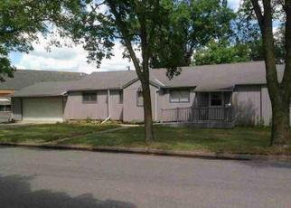 Foreclosed Home in Redwood Falls 56283 SUNRISE BLVD - Property ID: 4441606134