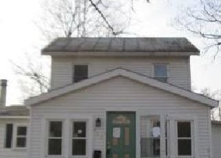 Foreclosed Home in Constantine 49042 GREEN ST - Property ID: 4441632869
