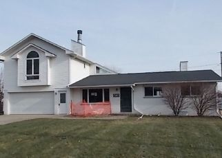 Foreclosed Home in Bay City 48708 VENICE CT - Property ID: 4441637232