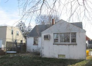 Foreclosed Home in Trenton 08618 STRATFORD AVE - Property ID: 4441663968