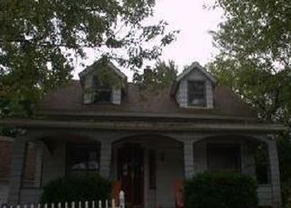 Foreclosed Home in North Olmsted 44070 LORAIN RD - Property ID: 4441698105