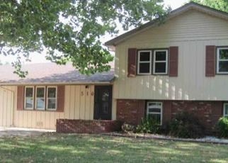 Foreclosed Home in Hutchinson 67502 E 24TH AVE - Property ID: 4441744993