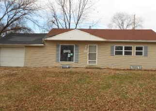 Foreclosed Home in Kansas City 66112 ARMSTRONG AVE - Property ID: 4441750676