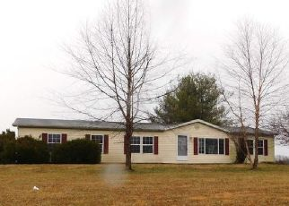 Foreclosed Home in Bedford 47421 E OOLITIC RD - Property ID: 4441788338