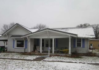 Foreclosed Home in Mason City 62664 W ARCH ST - Property ID: 4441799733
