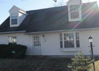 Foreclosed Home in Peoria 61615 W CREIGHTON TER - Property ID: 4441807161
