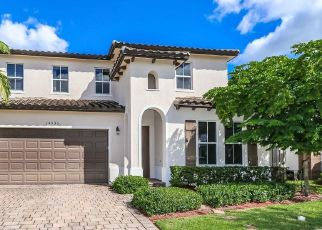 Foreclosed Home in Miami 33187 SW 177TH TER - Property ID: 4441824694
