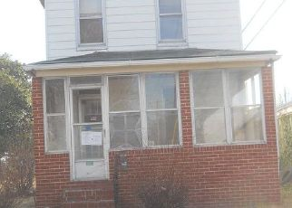 Foreclosed Home in Dundalk 21222 ROBERTS AVE - Property ID: 4441921485