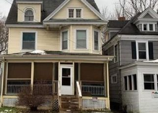 Foreclosed Home in Syracuse 13205 W COLVIN ST - Property ID: 4442131720