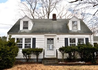 Foreclosed Home in North Branford 06471 EDWARD RD - Property ID: 4442196534