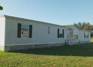 Foreclosed Home in Clewiston 33440 MATTHEW LOOP - Property ID: 4442272745