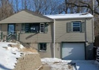 Foreclosed Home in Council Bluffs 51503 BENTON ST - Property ID: 4442292446