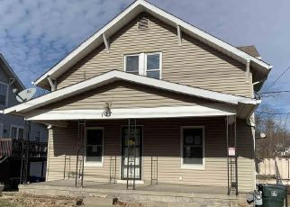 Foreclosed Home in Muscatine 52761 E FULLIAM AVE - Property ID: 4442296836