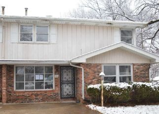 Foreclosed Home in Peoria 61604 W SHEFFIELD DR - Property ID: 4442298127