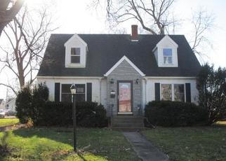 Foreclosed Home in Peoria 61604 W KELLOGG AVE - Property ID: 4442323993