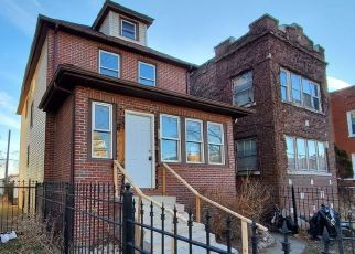 Foreclosed Home in Chicago 60644 N LATROBE AVE - Property ID: 4442360780