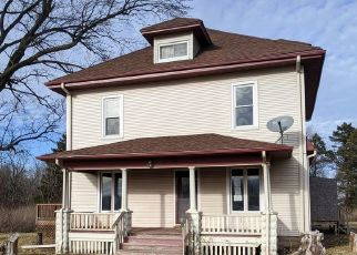 Foreclosed Home in Pecatonica 61063 W STATE RD - Property ID: 4442363847