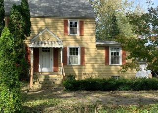 Foreclosed Home in Merrillville 46410 E 73RD AVE - Property ID: 4442380477