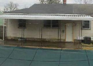 Foreclosed Home in Gwynn Oak 21207 DOYCRON CT - Property ID: 4442454497