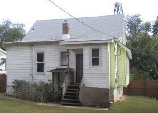 Foreclosed Home in Gwynn Oak 21207 PLATEAU AVE - Property ID: 4442466766