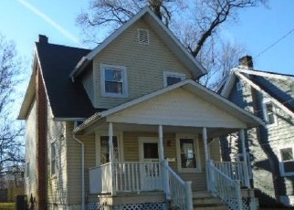 Foreclosed Home in Baltimore 21212 SAINT DUNSTANS RD - Property ID: 4442470255