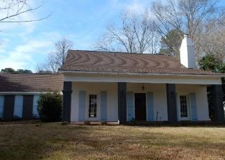 Foreclosed Home in Brandon 39047 BELLEGROVE BLVD - Property ID: 4442528515