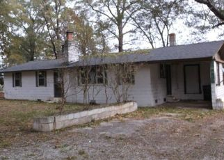 Foreclosed Home in Wingate 28174 WALKERS GROVE RD - Property ID: 4442538591