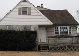 Foreclosed Home in Woodbury 08096 HENDRICKSON AVE - Property ID: 4442553474