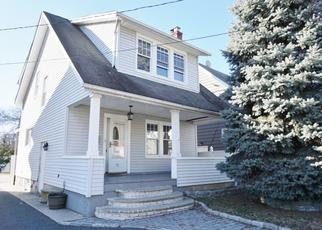 Foreclosed Home in Bloomfield 07003 FARRANDALE AVE - Property ID: 4442568368