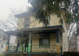 Foreclosed Home in Cincinnati 45211 LOVELL AVE - Property ID: 4442611736