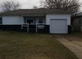 Foreclosed Home in Duncan 73533 E HACKBERRY AVE - Property ID: 4442638894