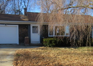 Foreclosed Home in Providence 02904 SALEM DR - Property ID: 4442673932