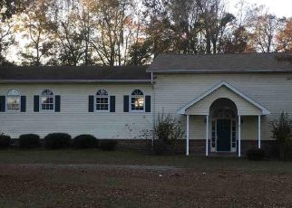Foreclosed Home in Johnsonville 29555 CIRCLE DR - Property ID: 4442676550