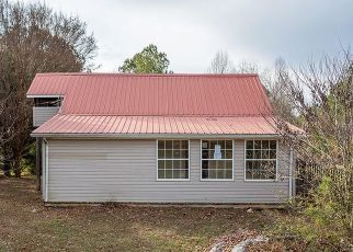 Foreclosed Home in Oldfort 37362 BOANERGES CHURCH RD - Property ID: 4442687498