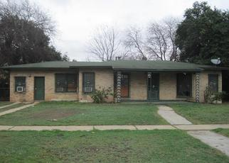 Foreclosed Home in San Antonio 78204 N PARK BLVD - Property ID: 4442715983