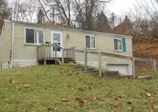 Foreclosed Home in Verona 15147 CHASKE ST - Property ID: 4442744429