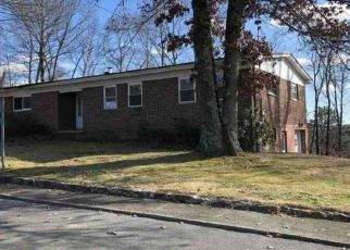 Foreclosed Home in Beckley 25801 WESTWOOD DR - Property ID: 4442746183