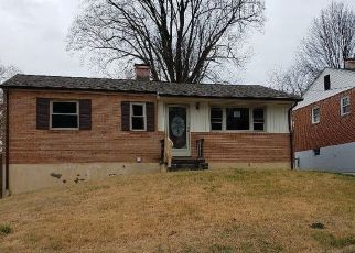 Foreclosed Home in Roanoke 24017 CAMILLE AVE NW - Property ID: 4442758452