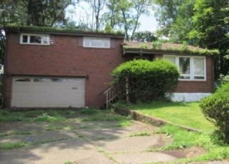 Foreclosed Home in Verona 15147 BRAMBLE ST - Property ID: 4442771591